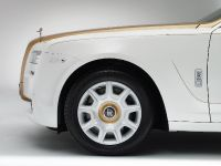 thumbnail image of Rolls-Royce Ghost Golden Sunbird