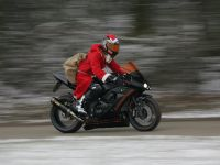 Santa Claus on Asphaltfighters® STORMBRINGER powered by WARM UP