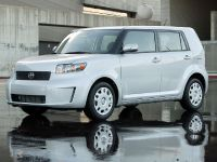 Scion xB, 2 of 6