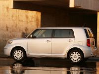 Scion xB, 3 of 6