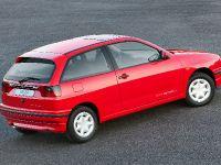 SEAT Ibiza Mk II, 2 of 3