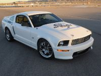 2008 Ford Shelby GT, 2 of 8