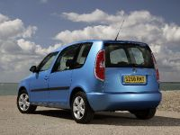 thumbnail image of Skoda Roomster 2