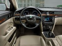 Skoda Superb Combi, 15 of 32