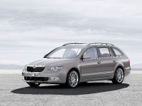 Skoda Superb Combi, 22 of 32