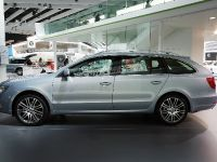 Skoda Superb Estate Frankfurt 2009, 3 of 4