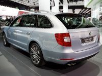 Skoda Superb Estate Frankfurt 2009, 2 of 4
