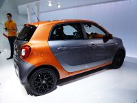 thumbnail image of Smart ForFour Paris 2014