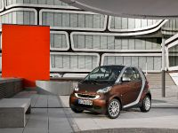 thumbnail image of smart fortwo electric drive 2009