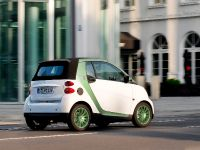 smart fortwo electric drive 2009, 18 of 29