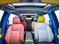 SpongeBob Movie-themed 2015 Toyota Sienna, 5 of 6