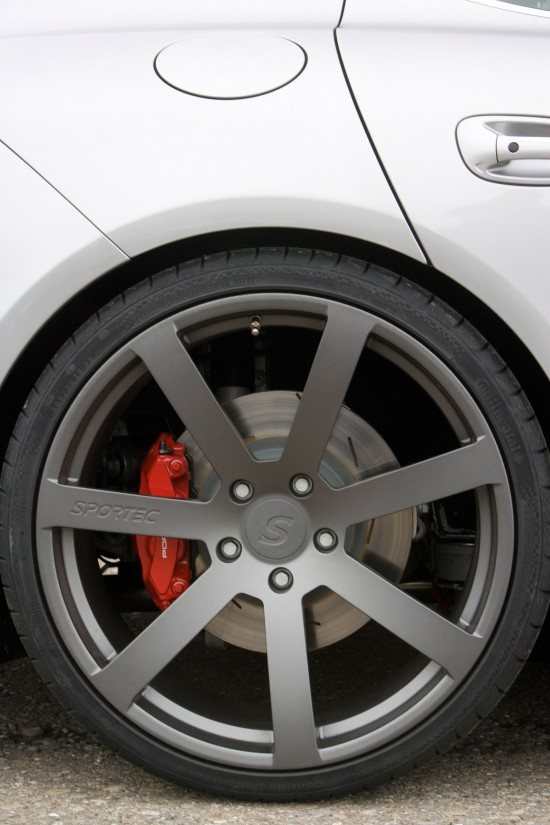 Sportec Porsche Panamera SP560