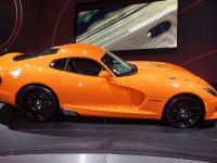 thumbnail image of SRT Viper TA New York 2013