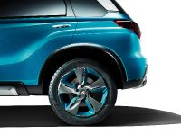 Suzuki iV-4 Compact SUV Concept, 12 of 13