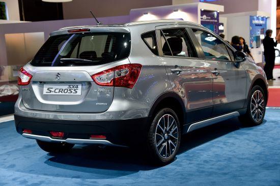 Suzuki SX4 S-Cross Paris