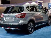thumbnail image of Suzuki SX4 S-Cross Paris 2014