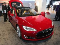 Tesla Model S Detroit 2013, 1 of 6