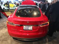 Tesla Model S Detroit 2013, 5 of 6