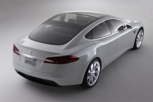Tesla Model S-это здесь!