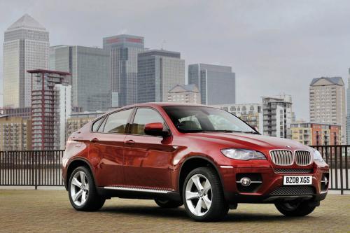 """BMW X6 выигрывает \""""Off Road\"""" журналом опрос читателей"""