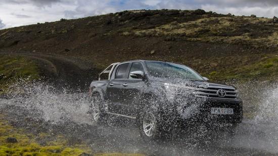 Toyota Arctic Trucks Hilux AT35