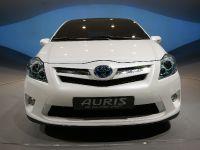 thumbnail image of Toyota Auris HSD Full Hybrid Concept Frankfurt 2011