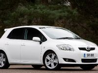 Toyota Auris SR180, 3 of 4