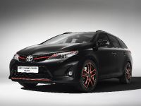 Toyota Auris Touring Sport Black, 1 of 3