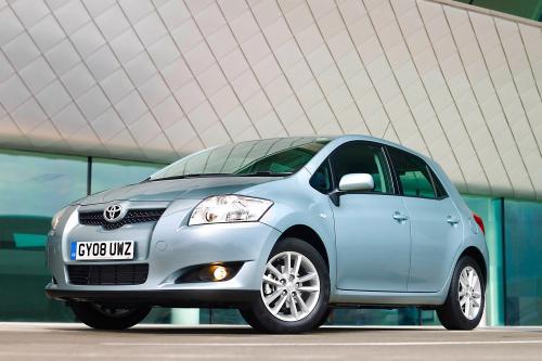 Toyota Auris TR – фотографии автомобиля