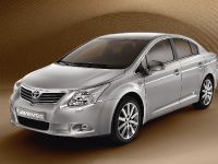 Toyota Avensis, Urban Cruiser and iQ, 9 of 10