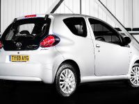 Toyota Aygo Platinum, 2 of 8