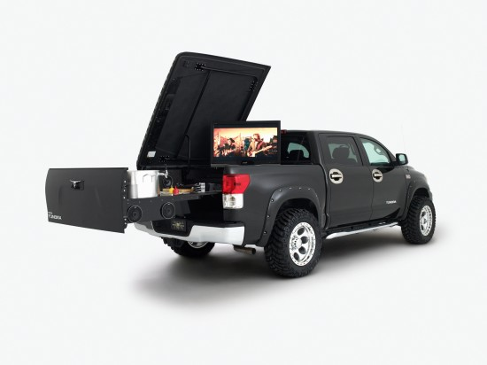 Toyota B and D Tundra Tailgater