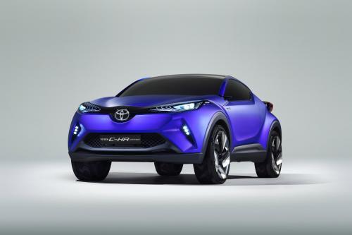 Тойота показывает с-ч гибридный кроссовер в преддверии Парижской премьеры