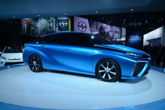 Toyota FCV Concept Detroit