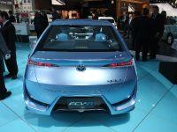 thumbnail image of Toyota FCV-R Concept Detroit 2013
