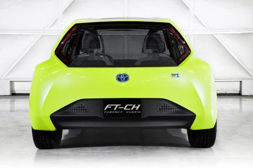 Toyota дебютирует FT-CH compact hybrid concept