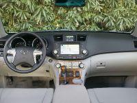 thumbnail image of Toyota Highlander 2009