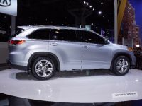 thumbnail image of Toyota Highlander SUV New York 2013