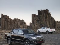 Toyota HiLux Black Edition , 4 of 6
