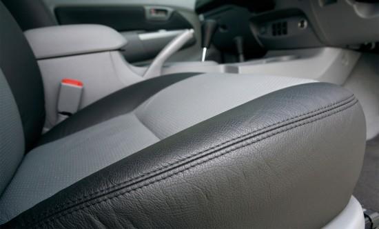 Toyota Hilux Invincible 200