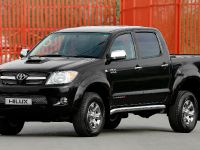 Toyota Hilux Invincible 200, 1 of 8