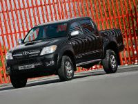 Toyota Hilux Invincible 200, 3 of 8