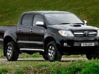 Toyota Hilux Invincible 200, 5 of 8