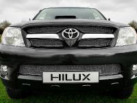 Toyota Hilux Invincible 200, 6 of 8
