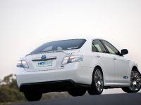 Toyota Hybrid Camry Concept Vehicle, 4 of 13