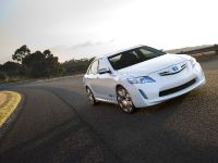 Toyota Hybrid Camry Concept Vehicle, 3 of 13