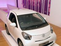Toyota iQ at the Royal College of Art, 6 of 9