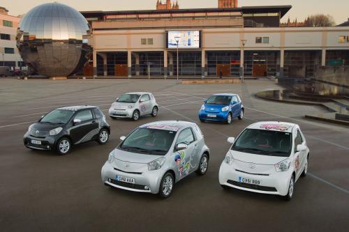 Toyota iQ : лакомства для вашего favourity supermini