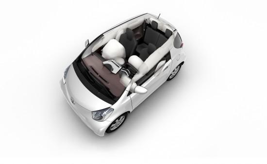 Toyota iQ: Smallest And Safest