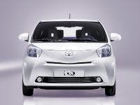 Toyota iQ, 3 of 5